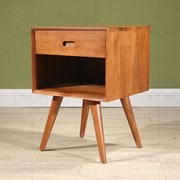 Cabinet on legs – one drawer